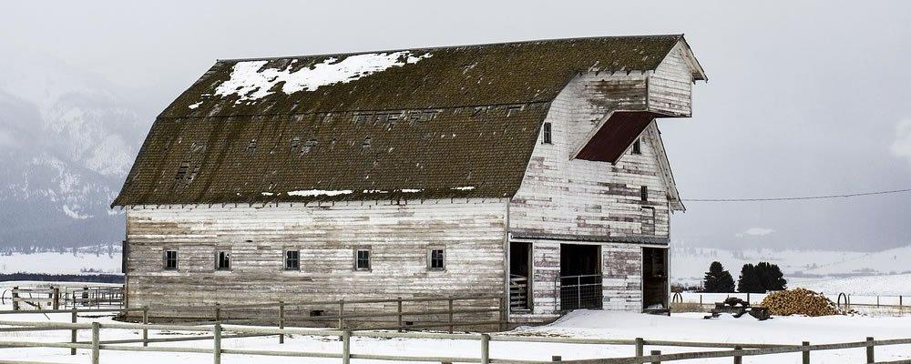 Metal Farm Buildings Vs A Wood Farm Building