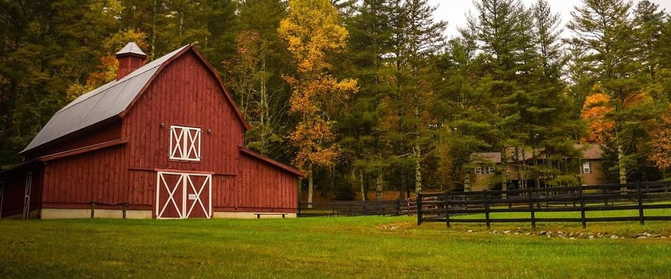 What Are The Things To Consider In Pole Barn Construction