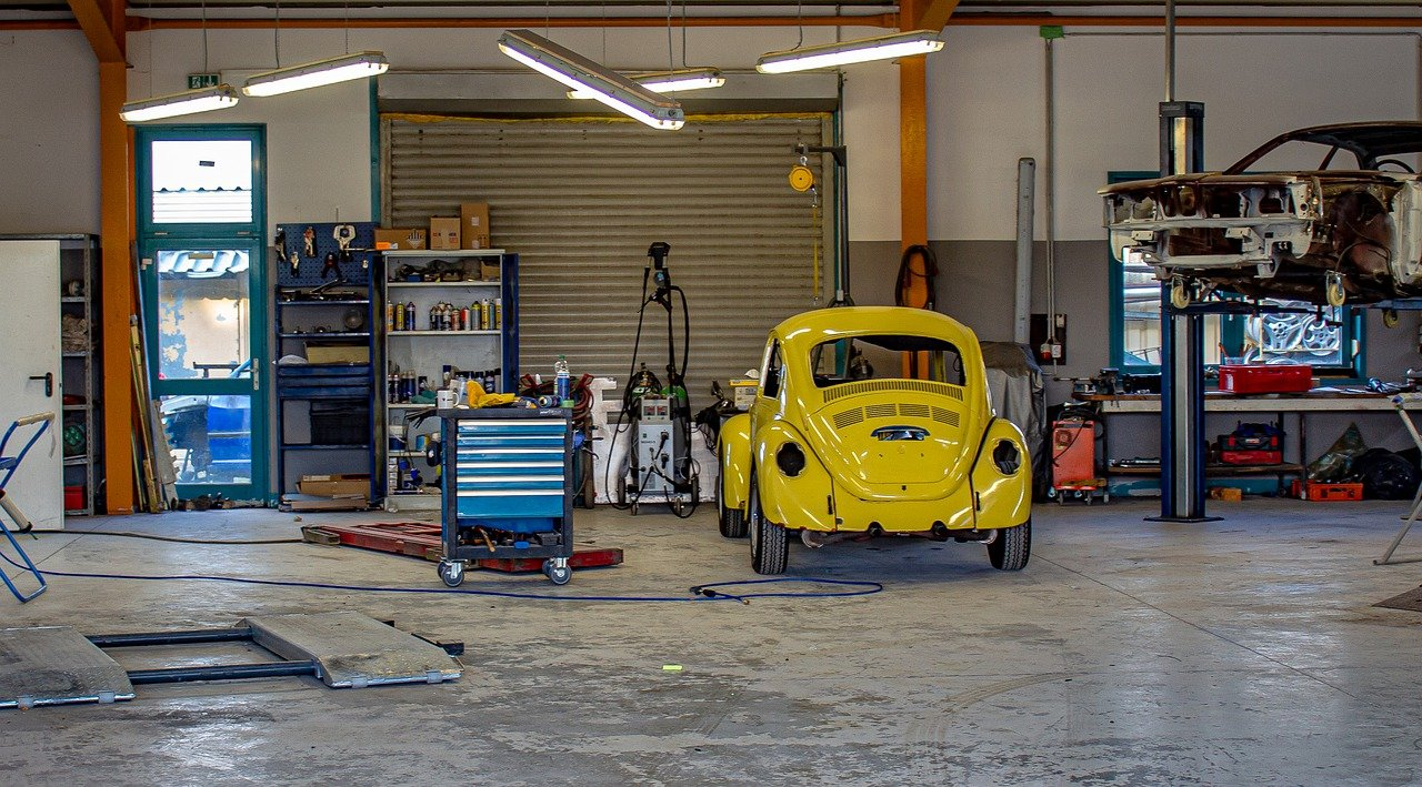 Prefab Metal Workshop Kits: For Your Your Garage and Storage Needs